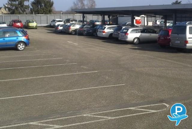 vliegen parkeren reserveer een parking bij d sseldorf. Black Bedroom Furniture Sets. Home Design Ideas